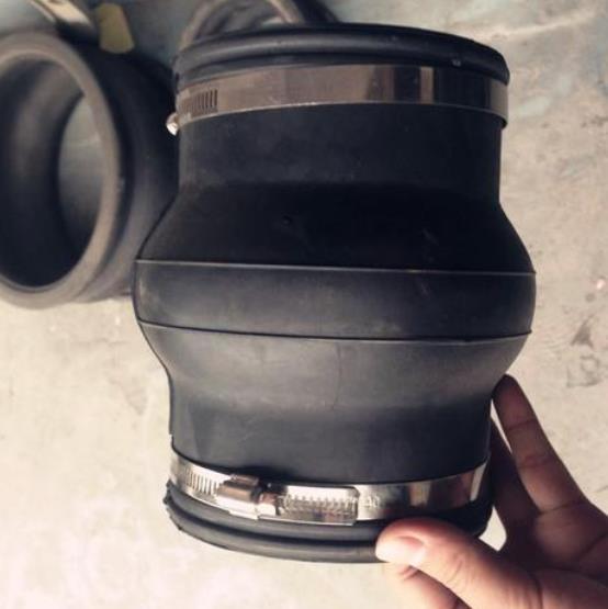 不锈钢卡箍式橡胶接头生产工艺