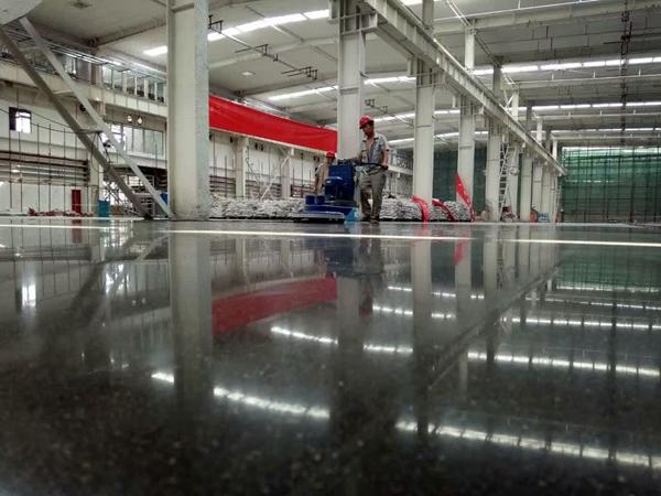 混凝土密封固化剂地坪的施工注意事项有哪些?