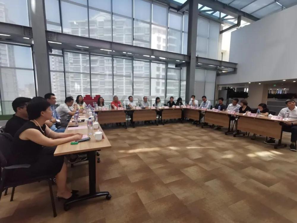 欣海报关与上海国际展览运输有限公司签署战略合作协议