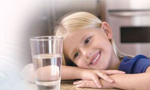 净水小知识-经过检测的自来水,为何还需要净水器?