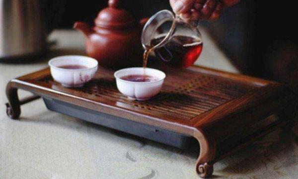净水小知识:以茶代水都有哪些危害?