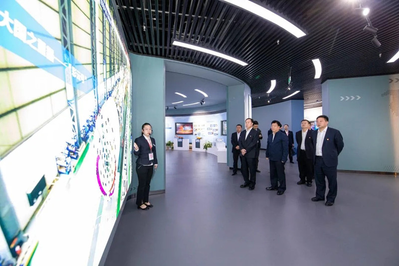 """中铁工业首个""""六廉""""工作室揭牌"""