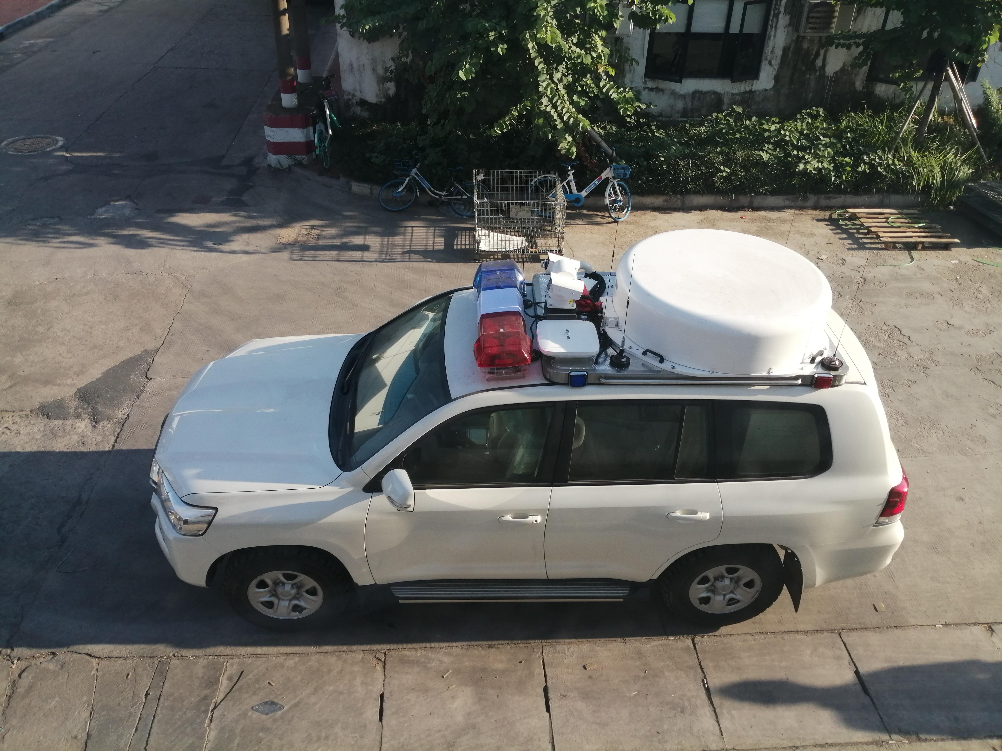 兰德酷路泽动中通卫星指挥车通过用户验收并交付