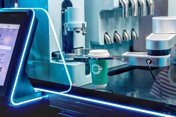致力于成为未来流行的咖啡店,COFE+机器人咖啡凭什么?!