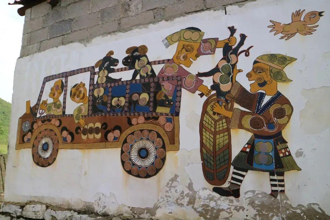 苗族艺术:从印染织绣到纸上再到墙上