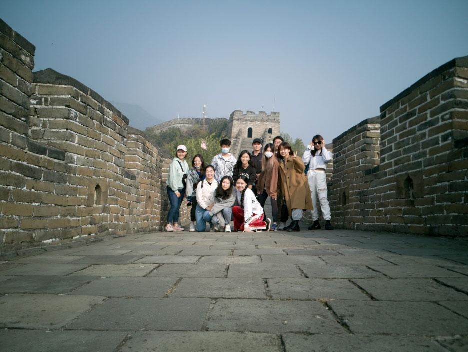 【APP周末游】金秋小周末,和APP的学生一起在长城偶遇吧