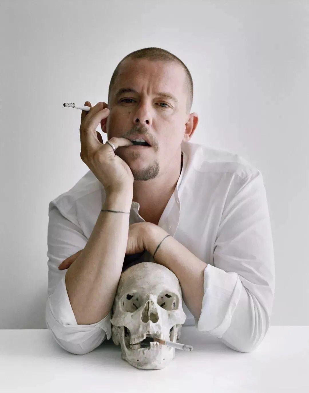 时尚圈的离经叛道者——Alexander McQueen