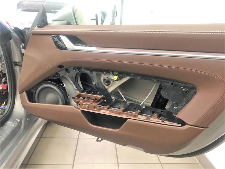 保时捷跑车改装德国BRAX & HELIX音响,让余音袅袅的绕梁乐曲点缀你的旅途