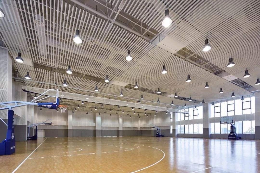 广东乐运动篮球馆