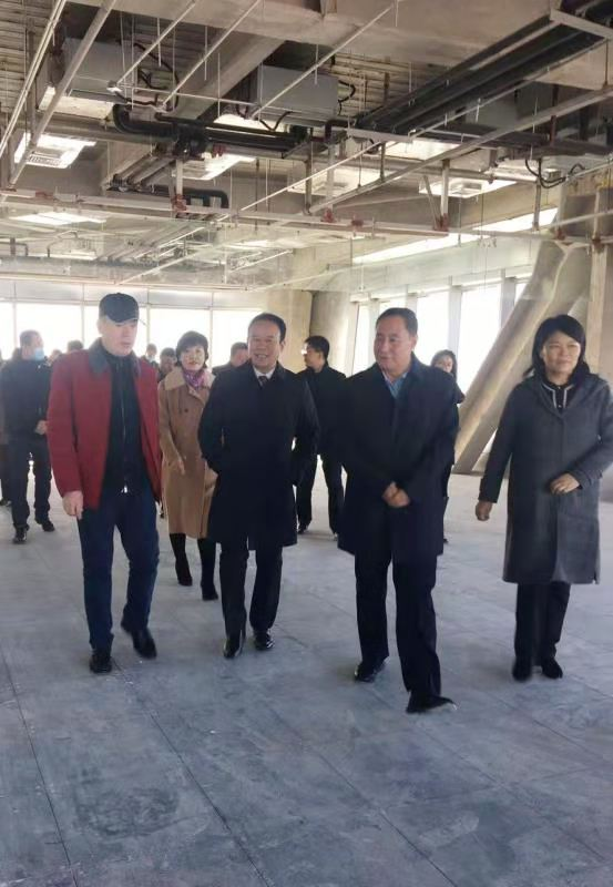 长春市人大常委会党组副书记、副主任王明德一行莅临长春IFC项目视察