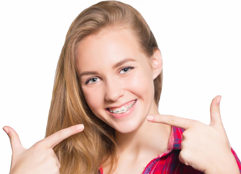 牙齿深覆合需要在深圳牙齿矫正吗