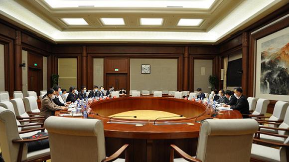中国国际跨国公司促进会领导携德国思爱普公司大中华区副总裁一行拜访 北京市委常务、副市长殷勇