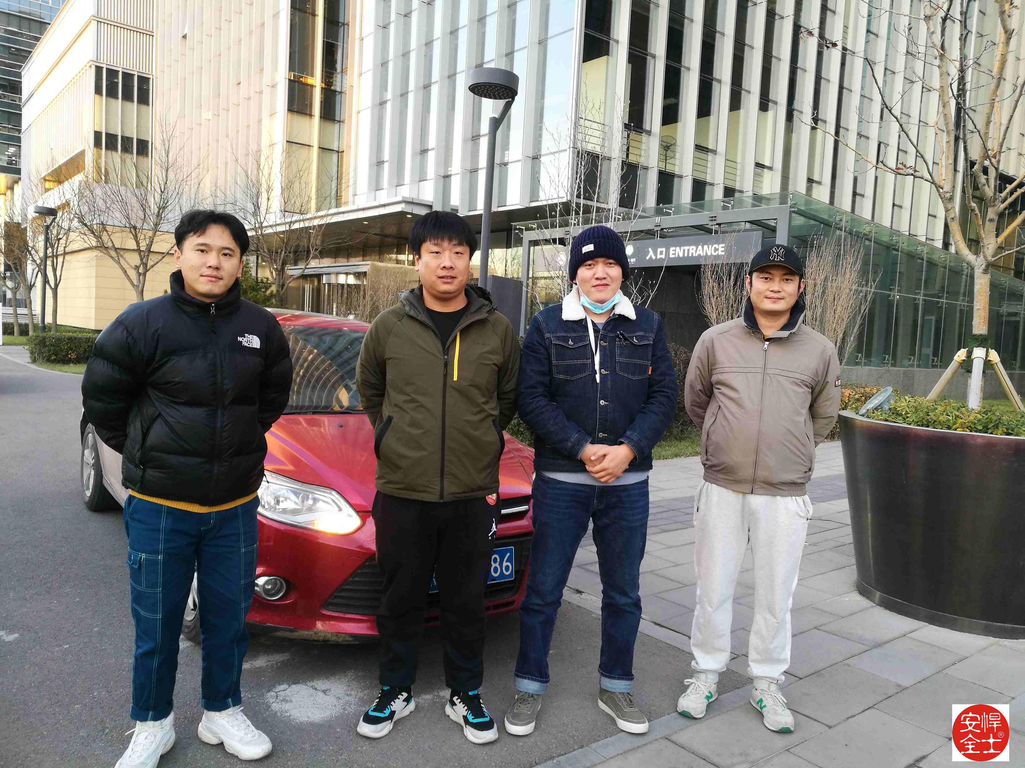 滴滴北京团队接受悍士防御性驾驶实操训练