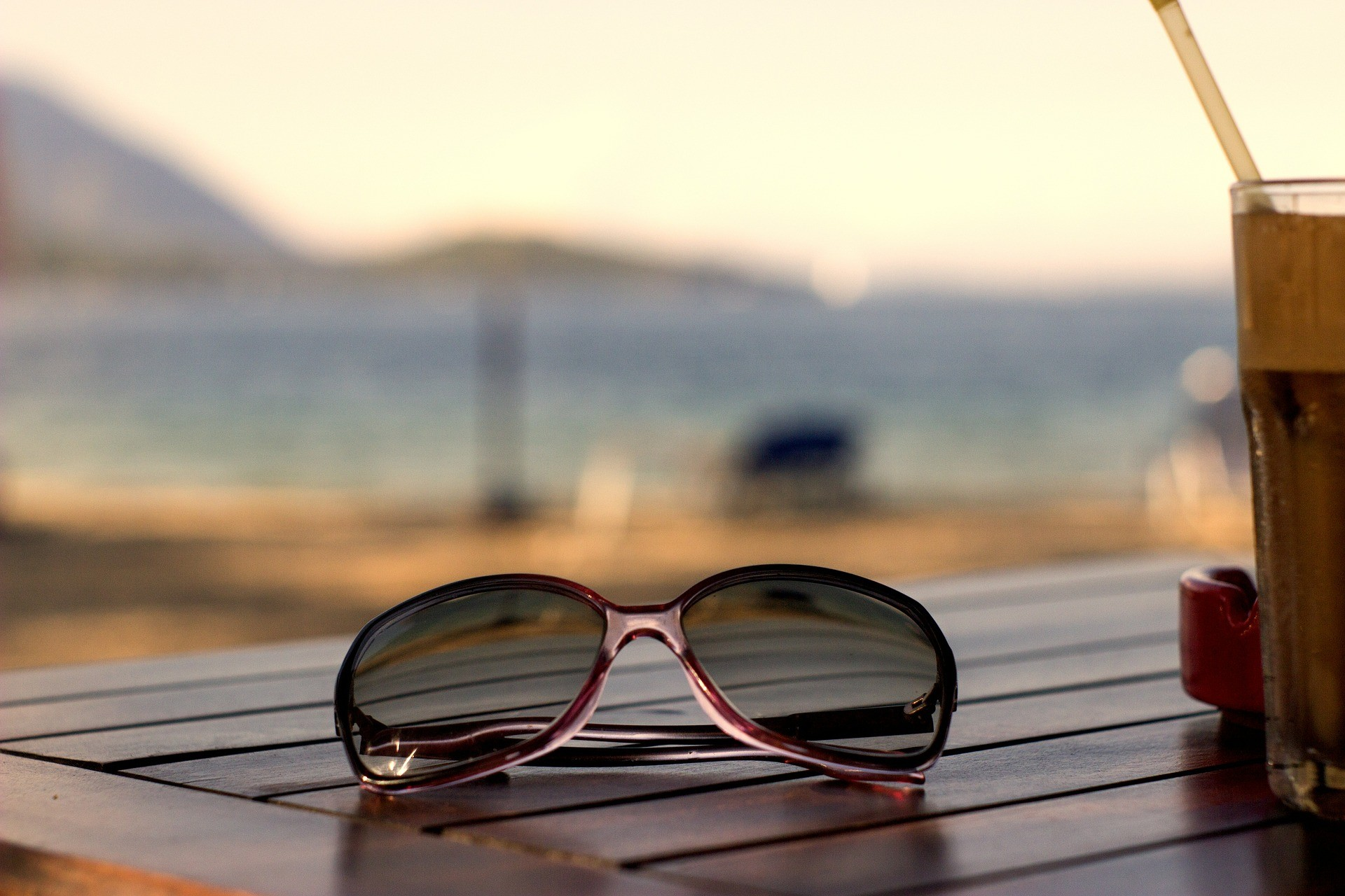 2021年,关于跨境电商,眼镜商家需要思考的几个问题
