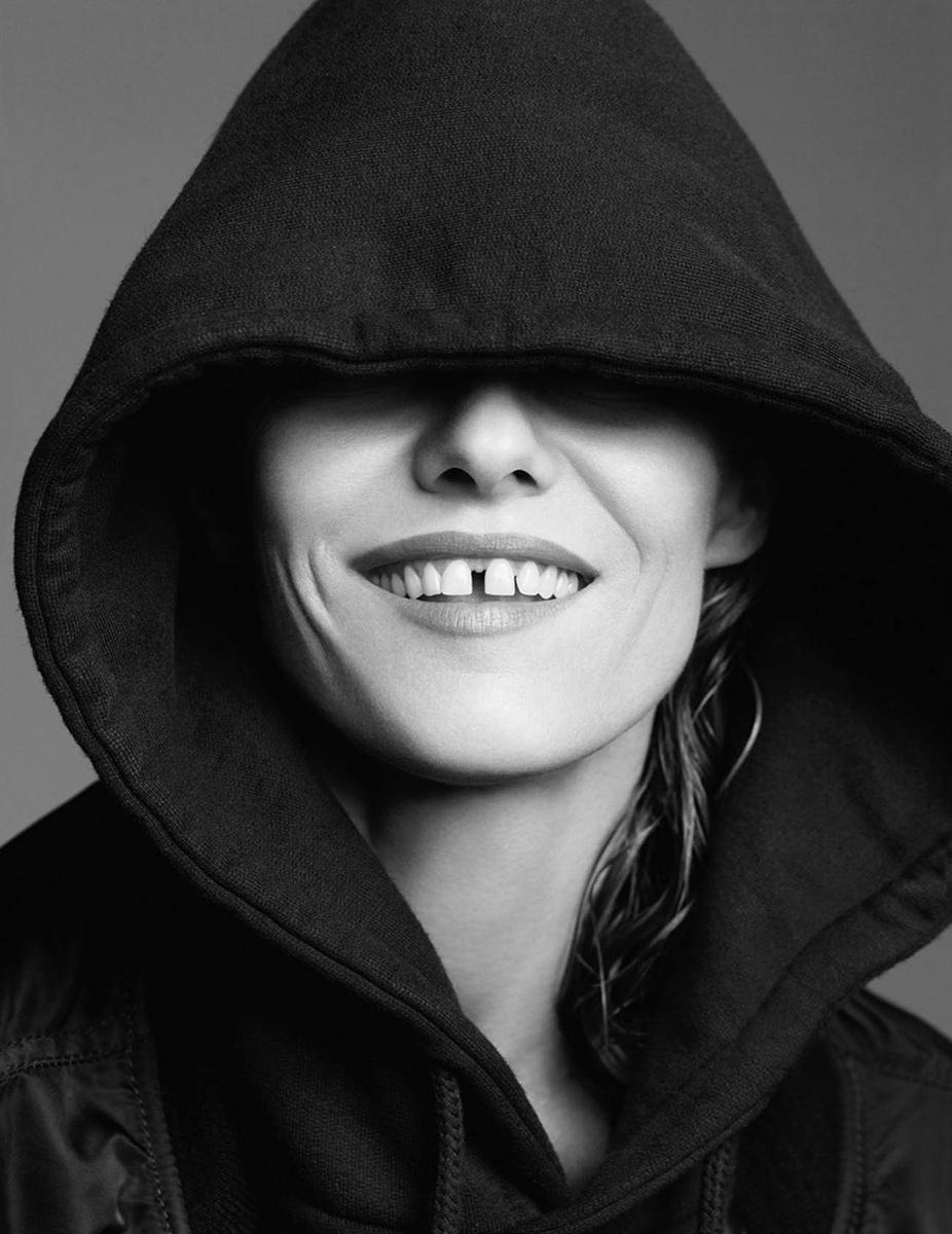 在深圳牙齿矫正可以治疗牙缝大吗?