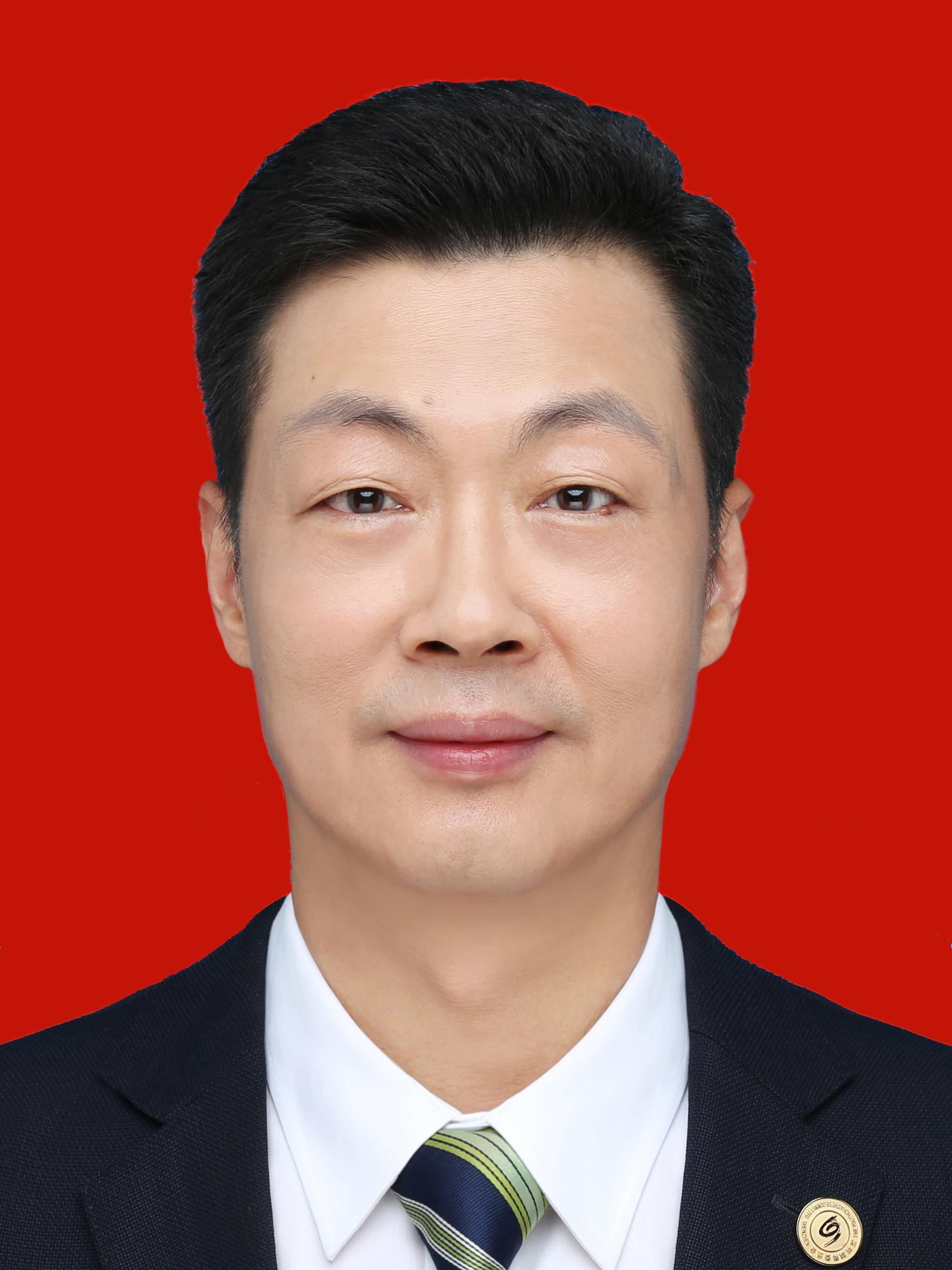 陈君尧  先生