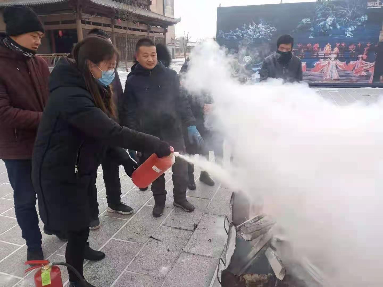 酒泉分中心为张掖市河西印象文化旅游公司开展消防培训与演练