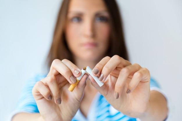 深圳牙科医院科普:吸烟对口腔健康的危害
