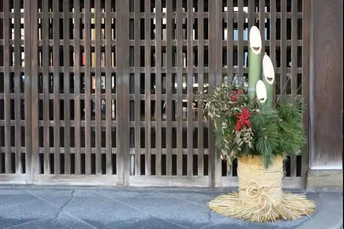 """吉祥喜庆,来看看日本年宵时节的""""正月花"""""""