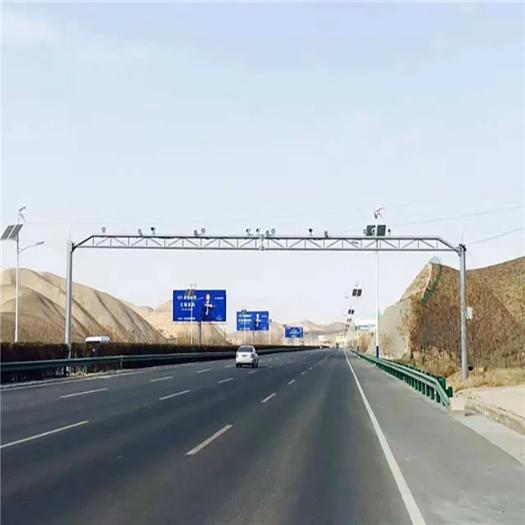 银河麒麟对国内交通领域提供了安全,高性能,易管理的全系统支持。