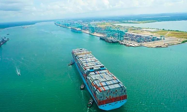 全球超过三分之一的集装箱运输被迫延期,供应链继续承压将进一步推动运费上涨