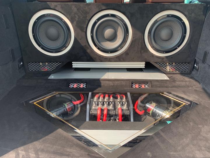 宝马GT535音响升级德国BRAX & 德国HELIX |与美好音乐相伴,与心爱的人一起跨越山河大海