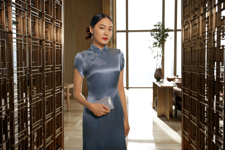 旗袍定制解读旗袍的特征
