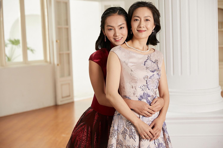 如何选择质量可靠的妈妈礼服定制