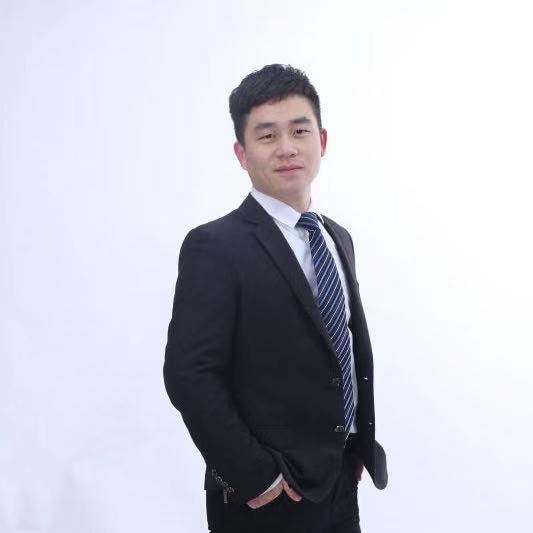 鋼琴教師-張凱