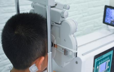 青少年视力矫正有效果吗?哪个视力矫正店比较靠谱?