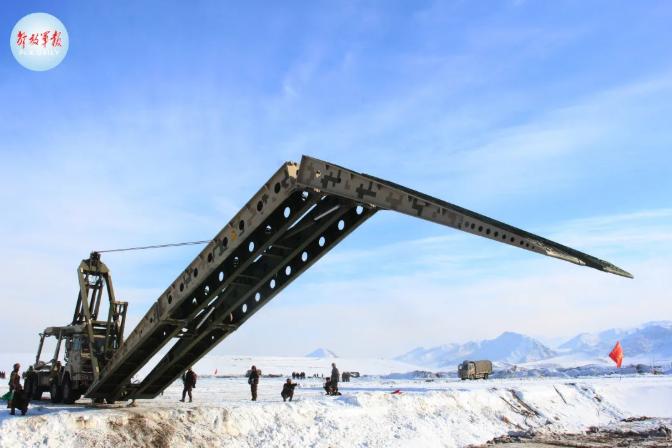 10分钟架设23米桥梁,看中船应急速度