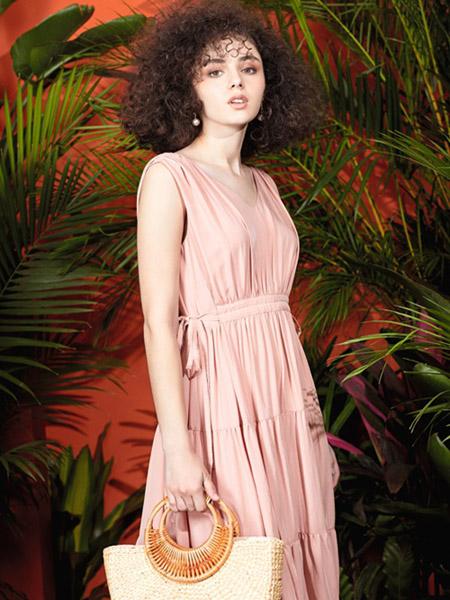 时尚品牌女装货源