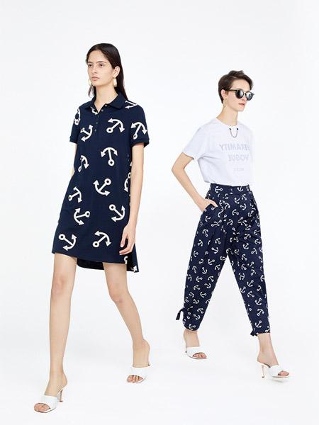 时尚品牌女装店