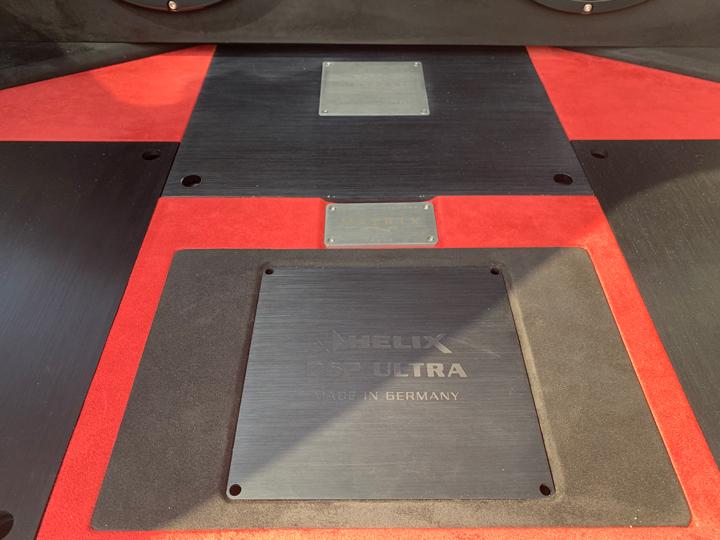 丰田霸道音响升级德国BRAX & 德国HELIX,在时空之间自由穿梭!