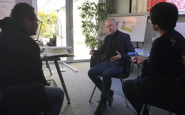 青岛市广播电视台一带一路专题新闻来德采访德国弗莱建筑集团