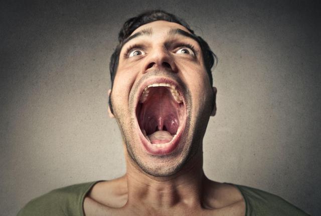 在深圳口腔医院拔智齿后如何应对并发症