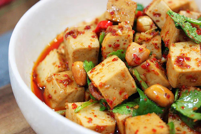 麻辣涼拌鹵豆腐