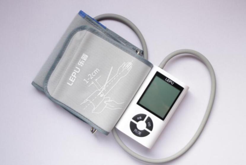 爸妈血压为什么总是测不准?原因在这里!