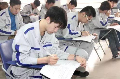 五方面着力加快发展现代职业教育