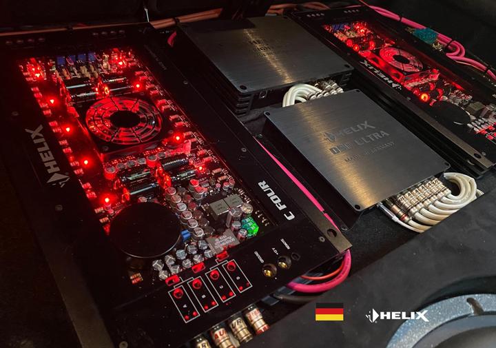 奔驰GLC43音响升级德国BRAX & 德国HELIX,悦耳动听的发烧乐曲陪你共享良辰美景