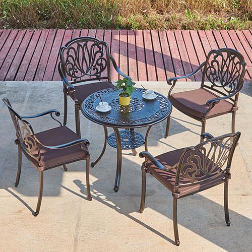Cast aluminum chair and table set / Литой алюминиевый стул и столовый набор