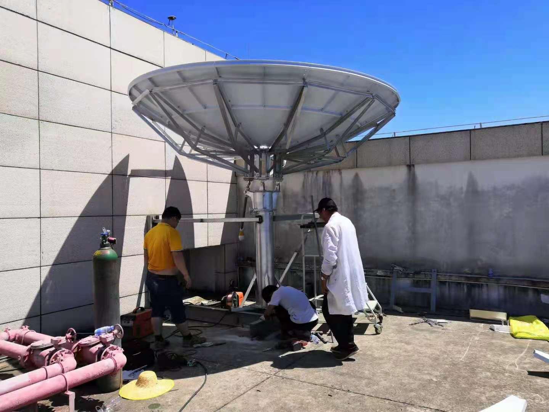卫星地面接收站和动中通卫星通信指挥车成功通过验收和交付