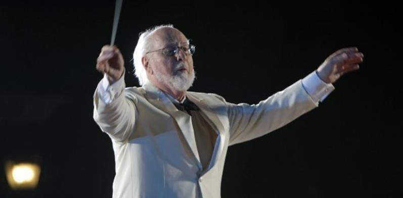 【音乐力量的动人故事】大提琴家为保安举办私人音乐会