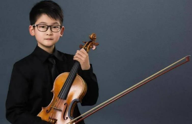 祝贺上海音乐学院附小学生刘天佑获得比利时伊萨伊国际音乐比赛第二名