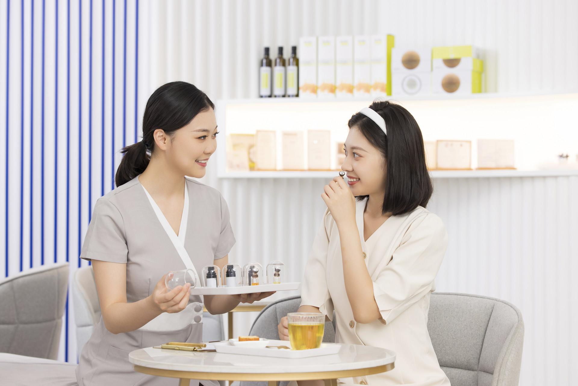 嗨美丽SOP系统,美容院管理系统-开赚钱的店,开更多的店