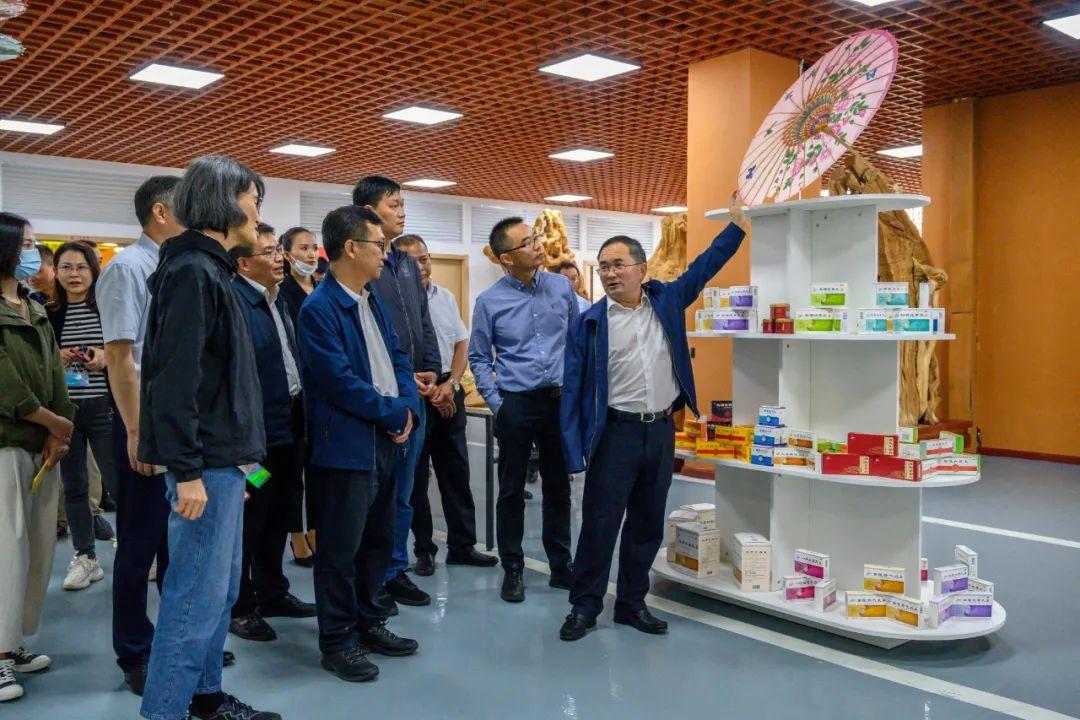 云南省副省长崔茂虎寄语启迪科学家小镇:引进高层次人才,激发双创活力,打造冰雪品牌