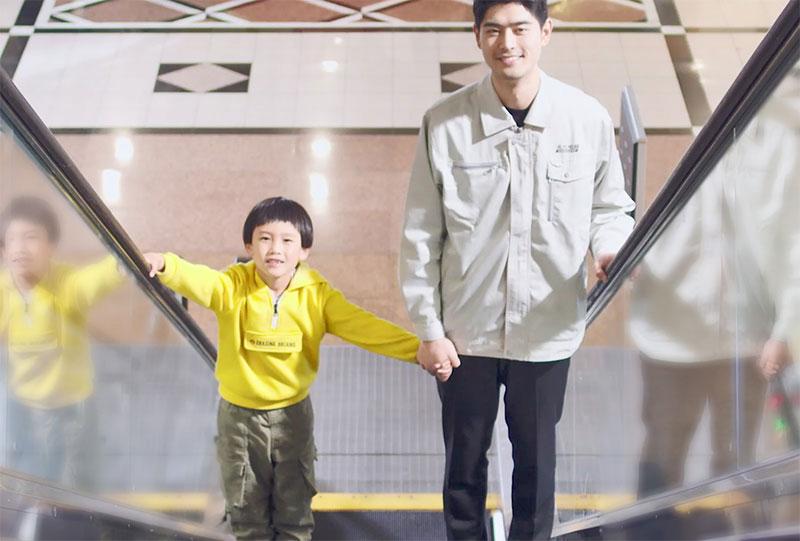 永大电梯科普乘坐自动扶梯时的注意事项,为客户乘梯安全护航