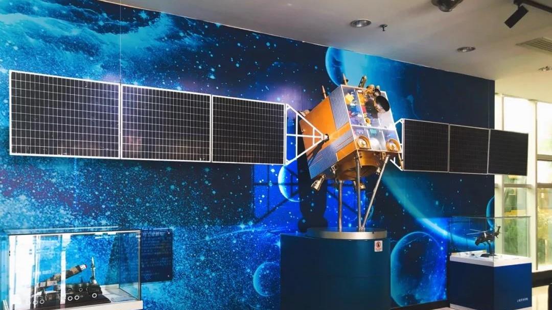 嫦娥一号卫星模型