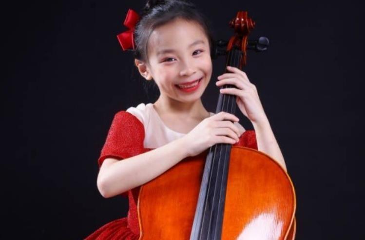 祝贺美国新英格兰音乐学院预科大提琴学生程天然获得多项国际赛事第一